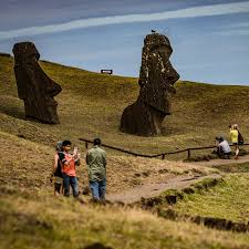 Finding reserch about how easter island statues are simular to the stonehenge Truck Crashes Into An Easter Island Statue The New York Times