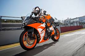 2018 ktm rc 250.  ktm like the 2017 ktm duke 390 250 and rc will get a slipper  clutch to keep downshifts in check but lose out on ridebywire technology intended 2018 ktm rc