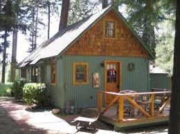 Small Picture Best 25 Small lake houses ideas on Pinterest Small cottage