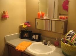 college apartment bathrooms.  Apartment Love This Bathroom Decoration  College Apartment  Inside Bathrooms D