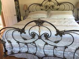 Sturdy king size bed frame for Sale in Danvers, MA - OfferUp