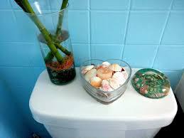Diy Small Bathroom Decor 7 Secrets For A Small Bathroom Makeover