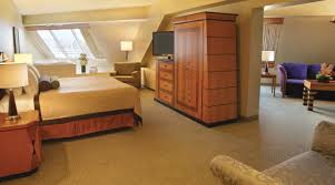 Pyramid King Suite Luxor Hotel  Casino - Mgm signature 2 bedroom suite floor plan