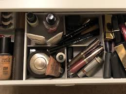 6 Things I Learned When An Organizing Expert Revamped My Makeup