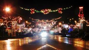 Ladysmith Bc Light Up Every Year My Town Of Ladysmith Bc Hosts A Festival Of
