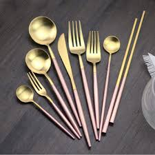 Delightful 4pcs Gold Plated Wholesale Cutlery Set Pink Handled Stainless Luxury  Flatware Set Dinnerware Sets In Gift