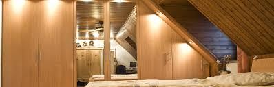 Schlafzimmerschrank Nach Maß Für Dachschrägen Planen Schrankwerkde