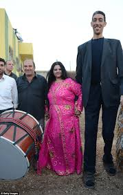 tallest woman in the world 2013 height. Delighful Height Kosen 30 Has Long Been Searching For A Woman To Share His Life With To Tallest Woman In The World 2013 Height