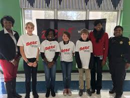 south carolina d a r e america forest lake elementary essay winners in columbia s c proudly wearing their new d a r e shirts that