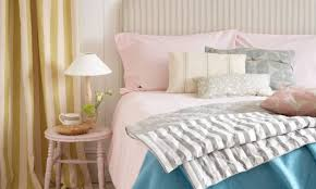 bedrooms decorating ideas. Delighful Ideas Hereu0027s How To Stay Cool In Bed In Bedrooms Decorating Ideas