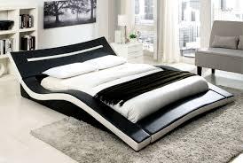 Furniture of America Zelina Curved Queen Size Platform Bed CM7125Q