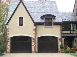 black garage doorsLooking for a supplier in Canada for black garage door