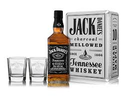 jack daniel s old no 7 tennessee whiskey with gles in a gift tin