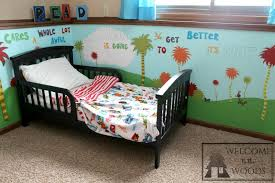 dr seuss kids room kids rooms red fish blue fish and red fish dr seuss toddler