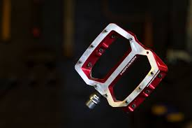 review nukeproof horizon pedals