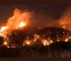 لبنان يحترق ويشعل مواقع التواصل.. فيديوهات تدمي القلب