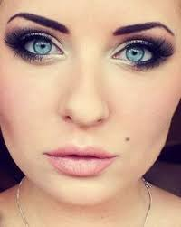 smokey eye for blue eyes and fair skin must try