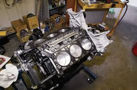 building a stroked jeep 3 8l v6 jk bumping flat top pistons in engine block photo 81243510