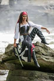 fun costume idea sail the seven seas with our realistic women s pirate costume you ll be sure to find your treasure chest this year