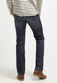 Our collection of straight leg bugatti jeans ensure that you can match them with a range of outfits. Bugatti Nevada Jeans Straight Leg Dirty Wash Blau Zalando De