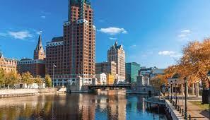 Milwaukee Travel Guide