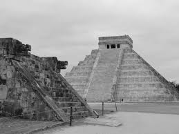 chichen itza an ruins photo essay b w suitcase  chichen itza2
