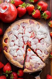 Easy Strawberry Cake With Strawberry Sauce Natashaskitchencom