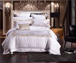 luxury egyptian cotton embroidery wedding bedding set white satin duvet cover sets oriental vintage style bed linen bedclothes in bedding sets from home
