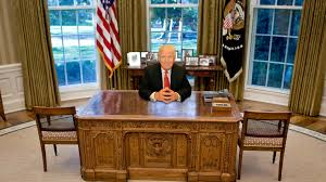 oval office furniture. Which Of These 6 Oval Office Desks Will Donald Trump Pick? Place Your Bets! Furniture