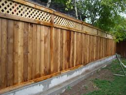 Simple and cheap privacy fence design ideas Horizontal Wood Fence Ideas Smartsrlnet Wood Fence Ideas The New Way Home Decor Impressive Fencing Ideas