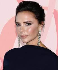 victoria beckham shows us how to get her signature look with only two s