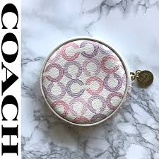 NWOT Coach Waverly Round Logo Coin Purse Ivory