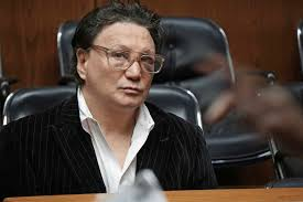 ex boxing champ vinny paz accused of biting man says he s the  vinny paz appears in court for assault charges on wednesday jan 3 2018