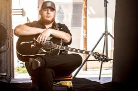 Luke Combs Leads Top Country Albums Chart With The Prequel