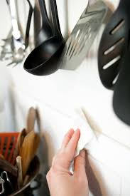 how to clean greasy kitchen walls backsplashes and cupboards gallery image 1