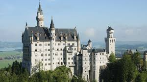 from the ticket center you can reach the castle only by walking shuttle buses or horse carriage