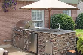 outdoor fireplaces kitchens