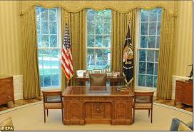 the oval office desk. From Roosevelt To Resolute, The Secrets Of All 6 Oval Office Desks | Office, And Resolute Desk T