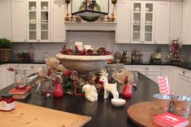 Christmas Decorations For Kitchen Decorating A Kitchen Island For Christmas Best Kitchen Island 2017