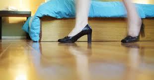Bodenbelag aus kork verspricht einen hohen wohnkomfort. Trittschalldammung Geeignete Materialien Kosten Und Tipps Zum Verlegen