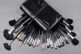 mac makeup brushes 32 piece set beautiful professional mac makeup brush set 32pcs