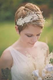 Romantické Svatební účesy Minimalistické Jednoduché Přírodní Nebo