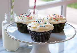 chocolate cupcake with cream cheese frosting. Simple Cheese With Chocolate Cupcake Cream Cheese Frosting E