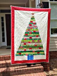 Best 25+ Christmas tree quilt ideas on Pinterest | Christmas quilt ... & Here is a forest of free patterns and tutorials for Christmas Tree quilts  and wall hangings. Quilted trees are