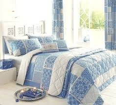 Impressive Duvet Cover Meaning with Difference Between Duvet Vs ... & ... Coccinelleshow Pleasing Duvet Cover Meaning for Duvet Vs Quilt Choice  Image Handycraft Decoration Ideas Chic Duvet Cover Meaning Also Difference  Between ... Adamdwight.com