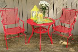 how to remove paint from metal furniture
