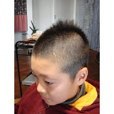 男の子ベリーショート Begins Hair Kobeビギンズヘアコウベのヘア
