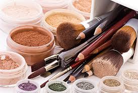 save face with these diy organic makeup alternatives