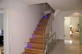 Jetzt die perfekte treppe finden und den passenden eine sehr interessante treppenvariante ist die kombination zwischen holz und stahl im treppenbau. Betontreppe Belegen Womit