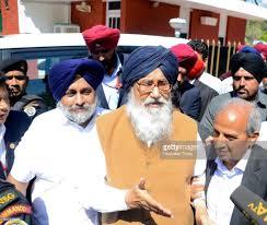 punjab cm parkash singh badal meets governor submits resignation outgoing punjab chief minister parkash singh badal sukhbir singh badal ex deputy chief